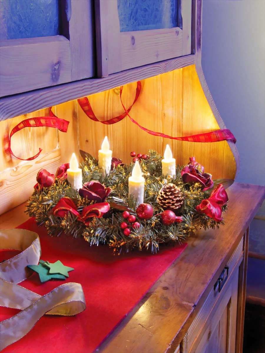 adventskranz mit led beleuchtung elfenbein adventskranz. Black Bedroom Furniture Sets. Home Design Ideas