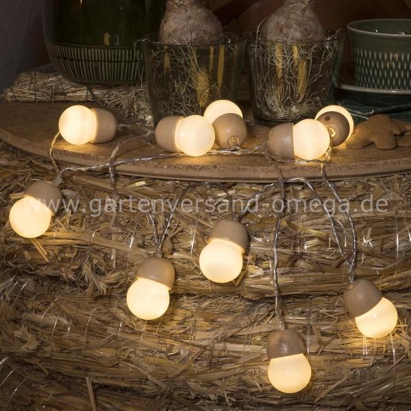 LED-Dekolichterkette Holzeicheln