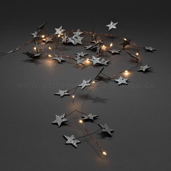 LED-Dekolichterkette mit silbernen Holzsternen