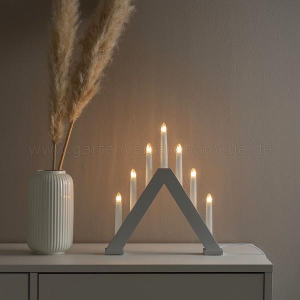 Lichterbogen in Mattgrau - Holzleuchter im Einsatz