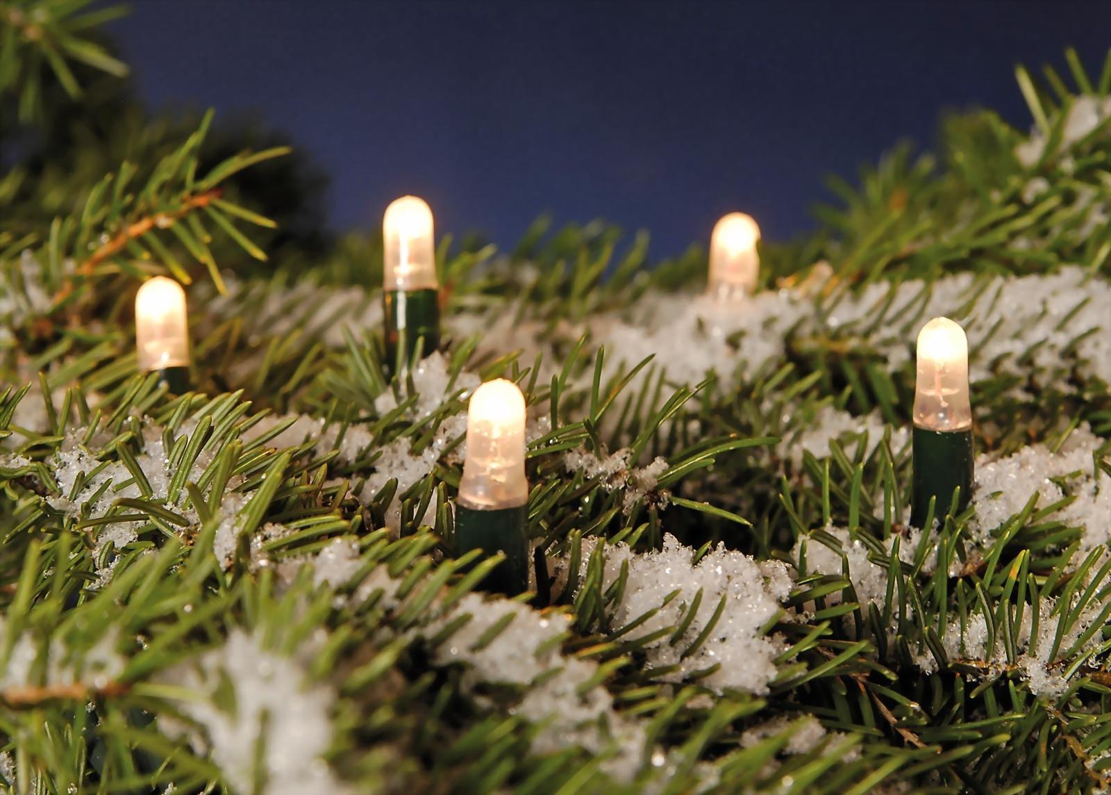 weihnachtliche led lichterkette spart 95 energie gegen ber herk mmlichen lichterketten von. Black Bedroom Furniture Sets. Home Design Ideas
