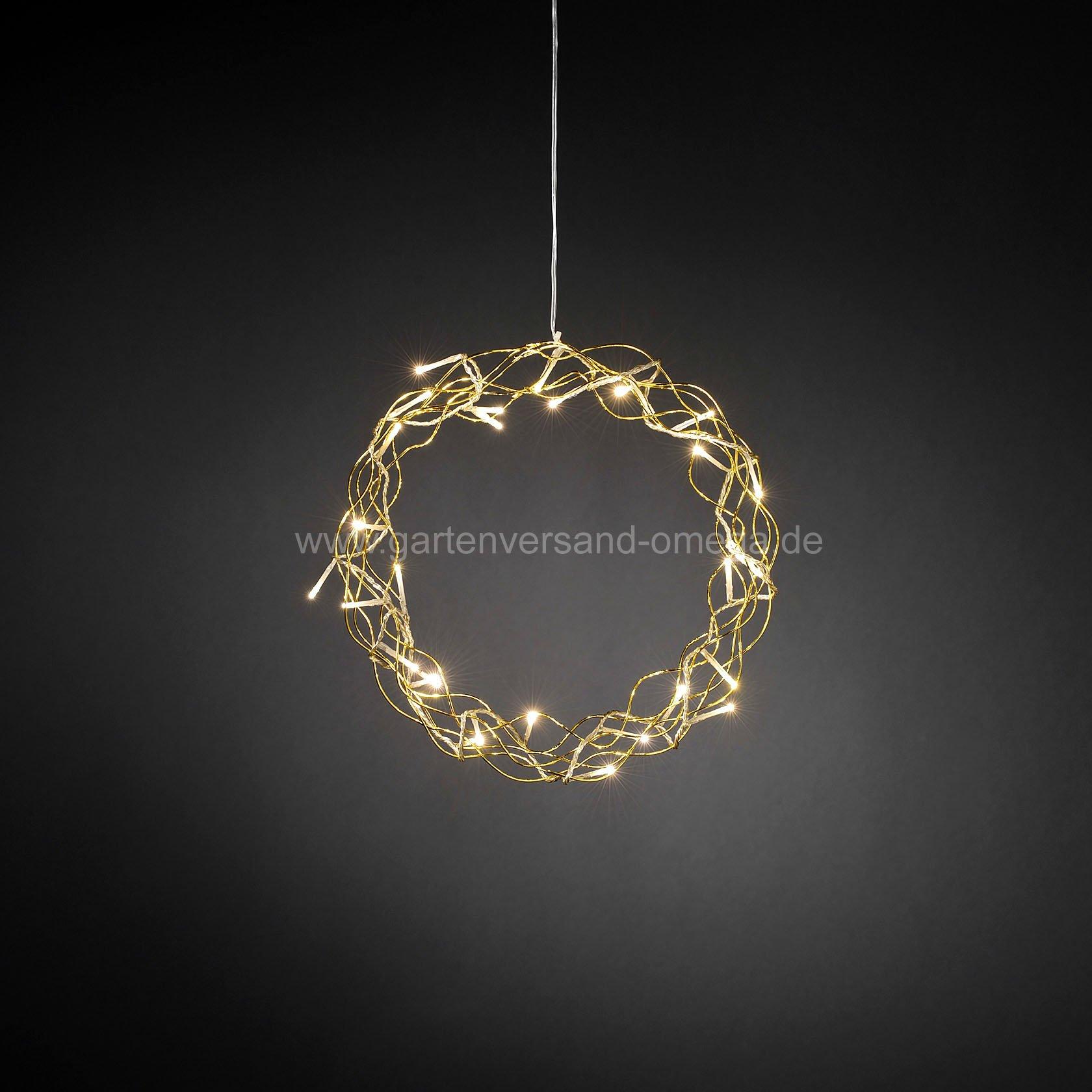 Led metallsilhouette kranz gold leuchtende fensterdeko for Led fensterdeko weihnachten